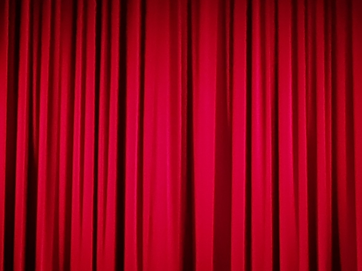 Theatre Curtains The Theatre Twittic Home Page