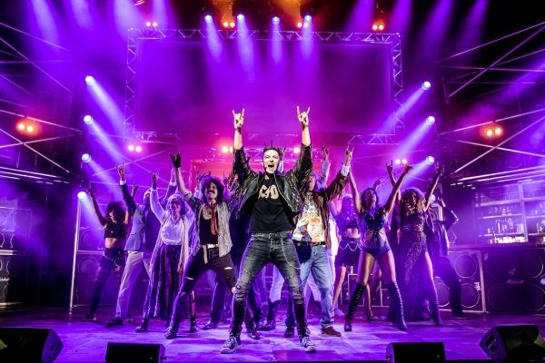 The Theatre Twittic Reviews - ROCK OF AGES UK Tour - credit Richard Davenport