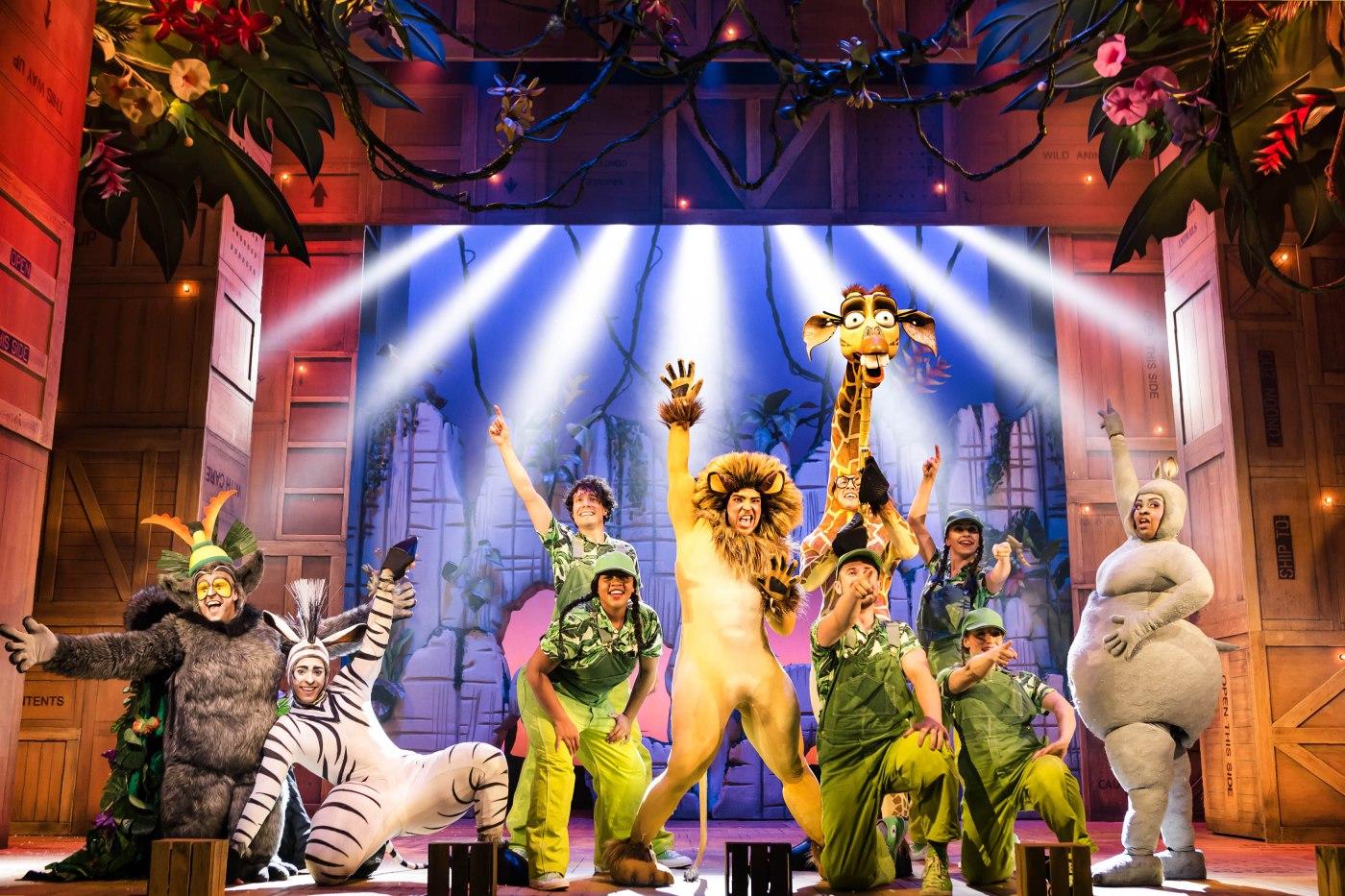 The Theatre Twittic Reviews - Madagascar UK Tour at the Wolverhampton Grand_Scott Rylander-3500-065B