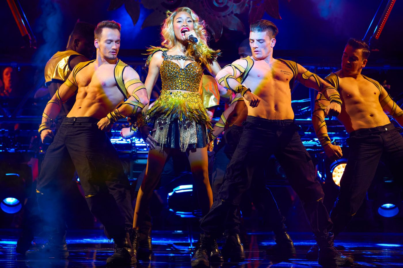 he Theatre Twittic Reviews - The Bodyguard UK Tour at the Wolverhampton Grand
